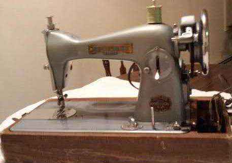 Bailey Straight Stitch Sewing Machine Feet Bobbins Needles & Parts : baileys quilting machine - Adamdwight.com